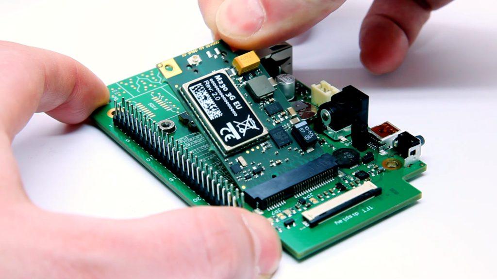 rapidM2M M230 ins PoC Video Shield